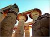 LUXOR : Veramente imponenti i capitelli delle colonne di Karnak