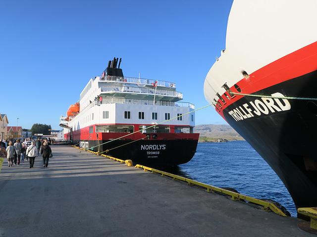 MS  Nordlys und MS Trollfjord