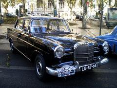 Mercedes-Benz 190 (1965).