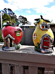 Apple and Pear Houses