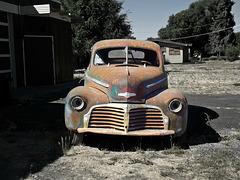 1942 Chevrolet Special DeLuxe Sport 2-door