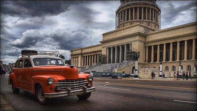 orange and the capitolio