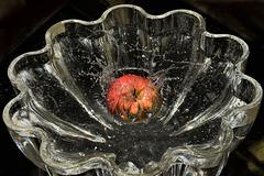 Splash - An apple hits the water!