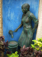 Statue of the water seller.