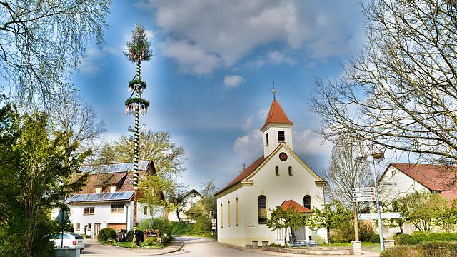 Maibaum in Hummelsweiler
