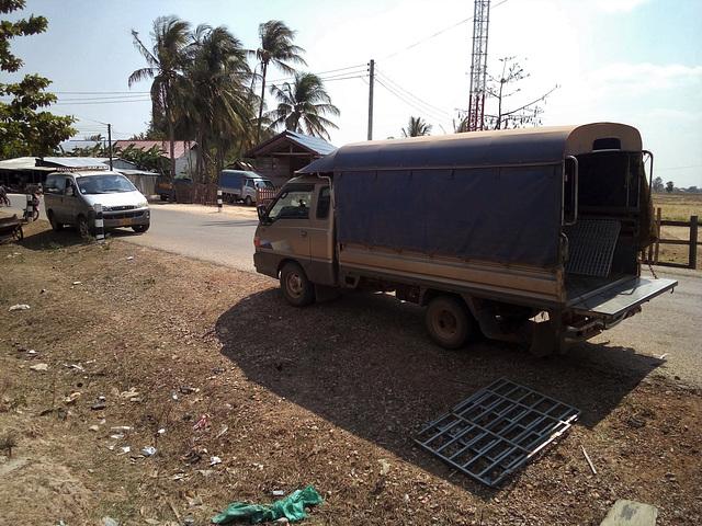 Laotian transportation / Transport laotien (2)