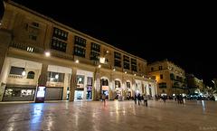 Valletta by night (© Buelipix)