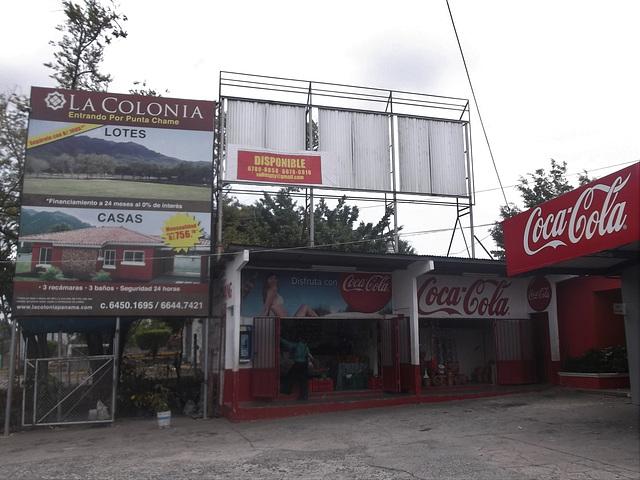 Quesos Chela & Coca-cola.
