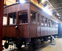 First class carriage (1881).