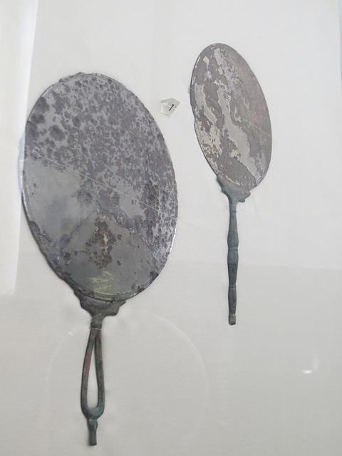 Musée archéologique de Split : miroirs.