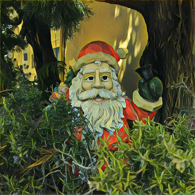 Santa's Still Here (imag1029)