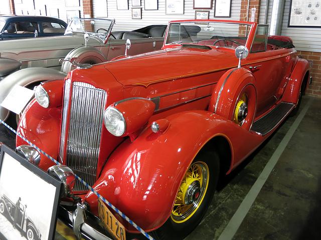 1936 Packard Roadster (0069)