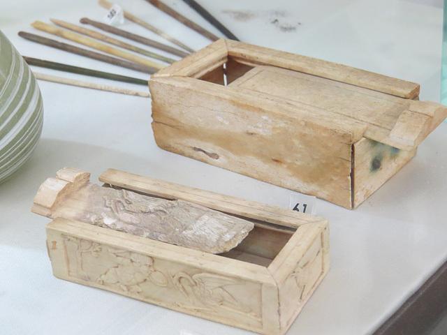 Musée archéologique de Split : boîtes à maquillage.