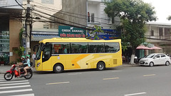 Green Danang bus