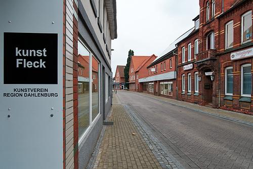 Dorfstrasse --- dorfstrasse-1210395-co-12-07-15