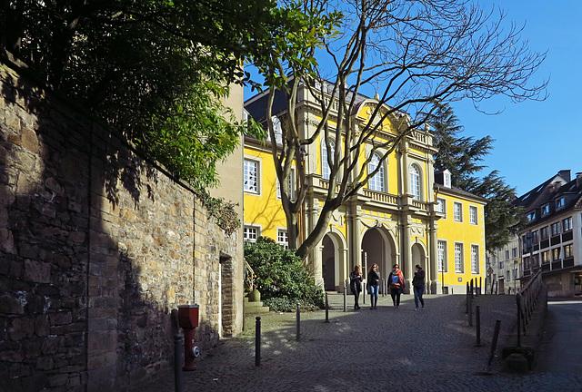 Der Torbogen - Eingang zum Hof