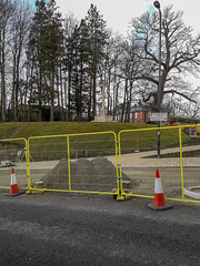 20180307 120316a Fenced off road and paving work on Hospital Hill for HFF