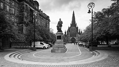 David Livingstone Statue and Glasgow Cathedral