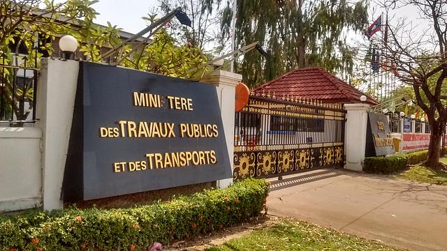 Ministère des travaux publics et des transports