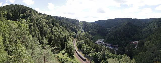 Triberger Vierbahnenblick (4 * PiP)