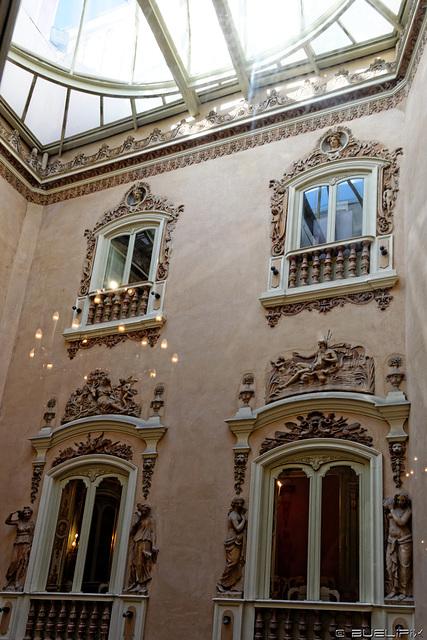Palacio del Marques de Dos Aguas - Valencia (© Buelipix)