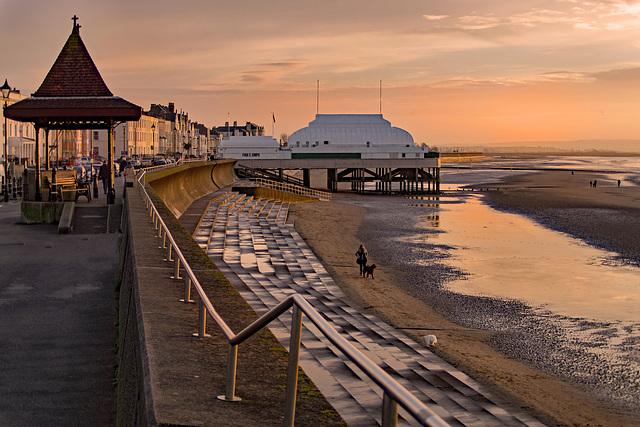 Pier, Britains Shortest.