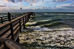 Graal-Müritz, Seebrücke  ... HFF !