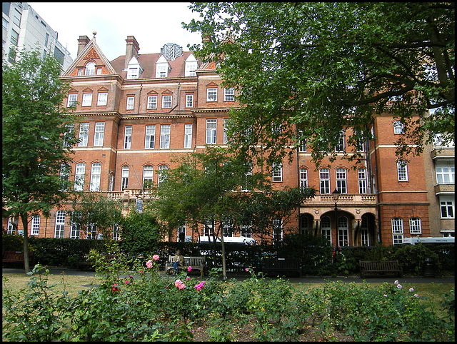 Queen Square Hospital