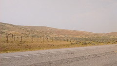 Desert fence /Clôture du désert