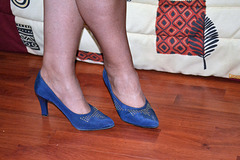 Chantal en talons hauts / Chantal's high heels - Amie de Claudine's friend.