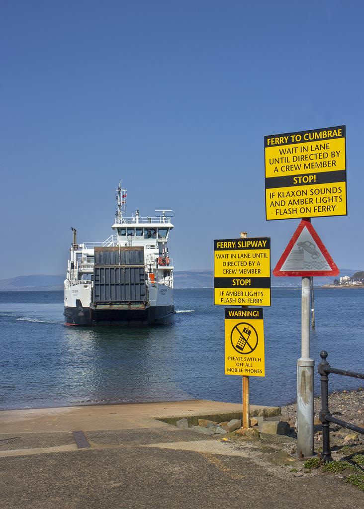 Ferry to Cumbrae