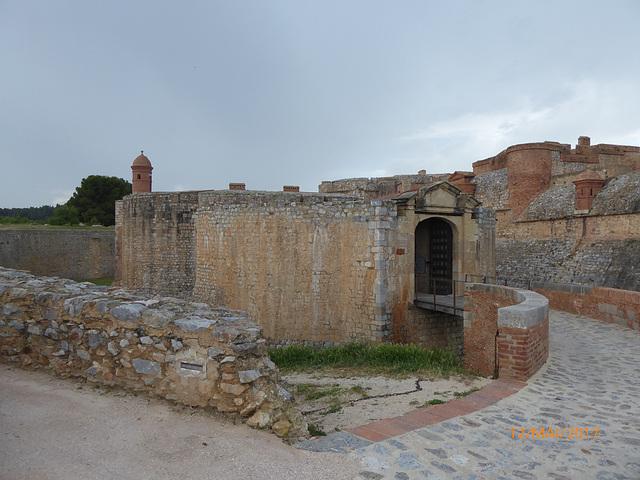 une curiosité : la forteresse de SALSES