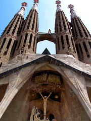 Barcellona : La Sagrada Familia, frontal view