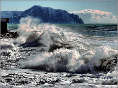 the power of the wind makes the sea threatening