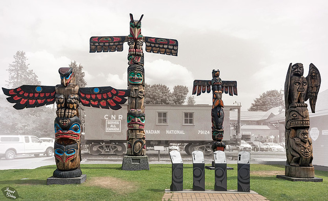 Duncan, the City of Totems! (+13 insets)