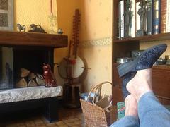 Christiane - Matin détente et pieds sexy