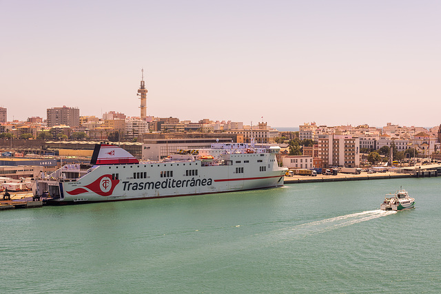 """ferry """"Ciudad de Palma"""" (Transmediterránea) & view to Cádiz"""