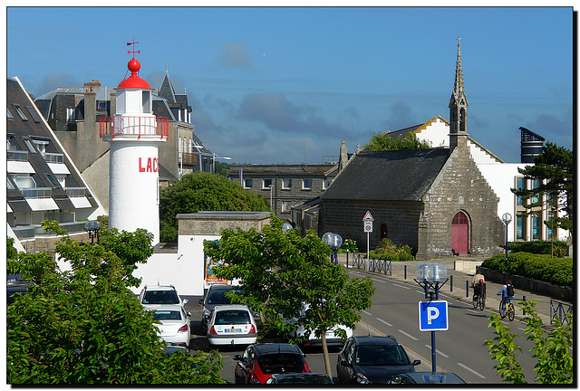 Leuchtturm   Kirche