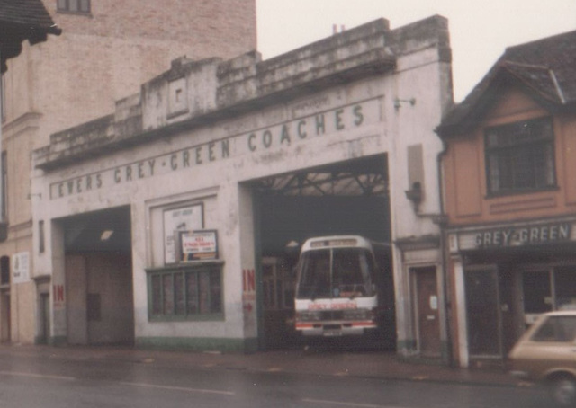 Grey-Green Coach Station, Ipswich (St. Margaret's Street entrance) - 17 Dec 1983
