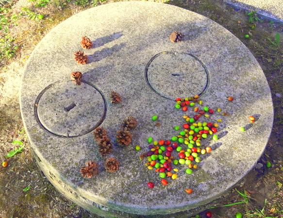 Nel giardino condominiale...i giochi dei bambini al tempo del Corona Virus