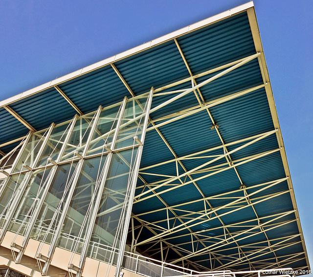 Dachkonstruktion der Zuschauertribüne