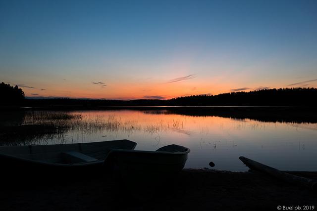 abends am Hossanjärvi (© Buelipix)