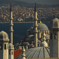 Minarette und Dächer