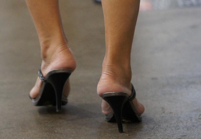 heels at event