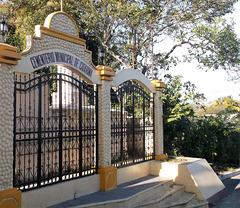 Catarina's final step door