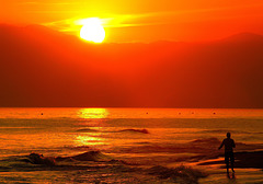 ... je n'ai pas vu le temps passer , les soleils se coucher ...