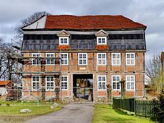 Zaschendorf, Torhaus mit Bauzaun ... HFF !