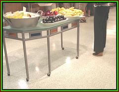 Fruits buffet & sexy shoes / Buffet santé de fruits en semelles compensées