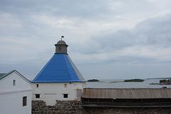 Спасо-Преображенский Соловецкий монастырь, Успенская башня и галерея Западной стены