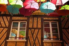 Il pleut des...parapluies
